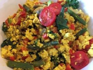 rustic-curry-tofu-scramble-1024x768-2-300x225 Skinny Veggie Tofu Scramble